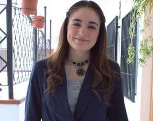 naiara-presentadora-joven-huerto-300x239